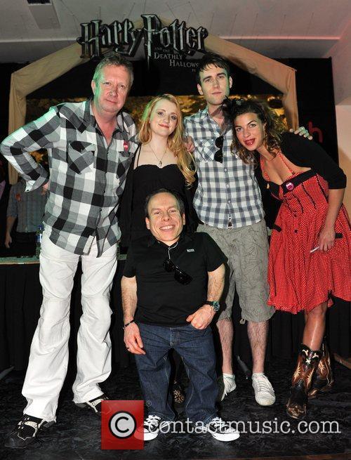 Evanna Lynch, Mark Williams, Matthew Lewis, Natalia Tena and Warwick Davis 3