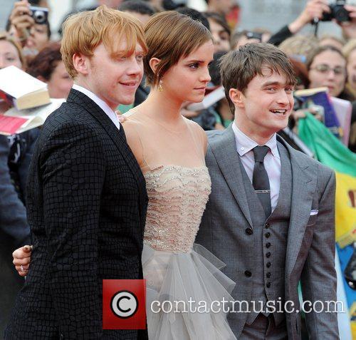 Rupert Grint, Daniel Radcliffe and Emma Watson 7