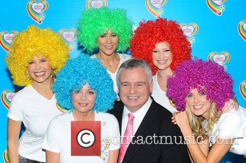 Melinda Messenger, Donna Air, Eamonn Holmes, Gail Porter, Joanna Page and Kate Lawler 3