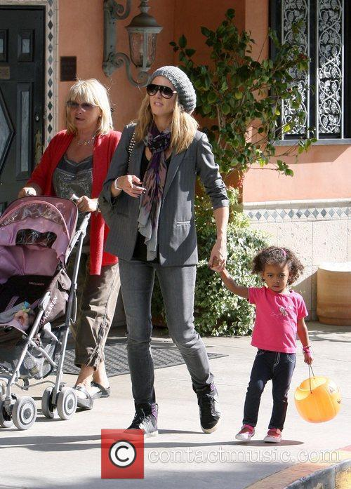 heidi klum shopping with her daughter lou 3591565