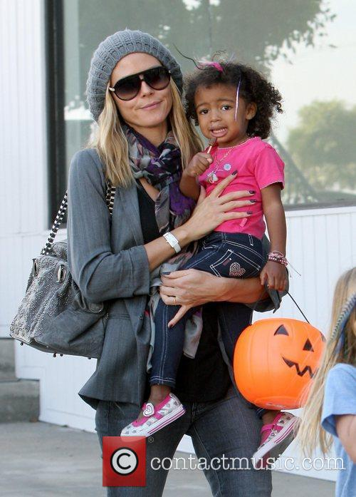 heidi klum shopping with her daughter lou 3591577