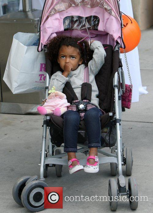 Shopping with her family in Brentwood