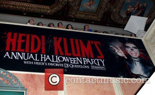 Atmosphere  Heidi Klum's 12th Annual Halloween Party...