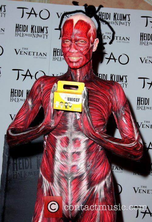 Heidi Klum and Tao Nightclub 15