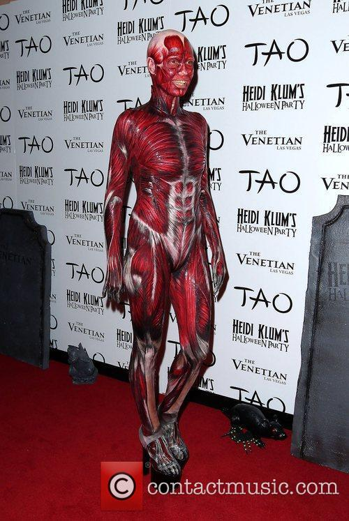 Heidi Klum and Tao Nightclub 8