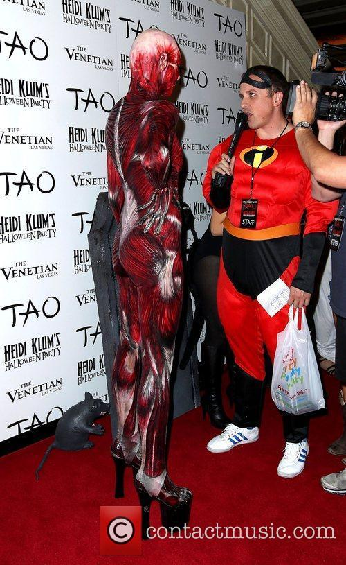 Heidi Klum and Tao Nightclub 21