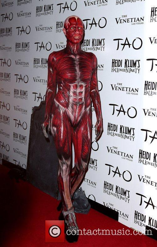Heidi Klum and Tao Nightclub 4