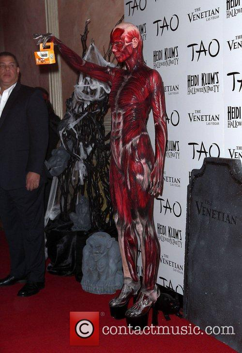 Heidi Klum and Tao Nightclub 7