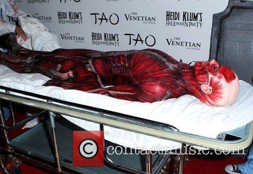 Heidi Klum and Tao Nightclub 27