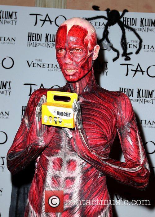 Heidi Klum and Tao Nightclub 44