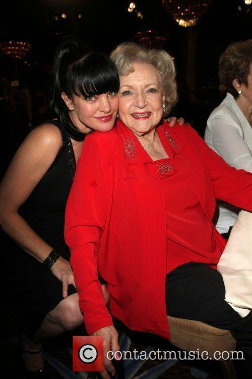 Pauley Perrette, Betty White and Beverly Hilton Hotel 9