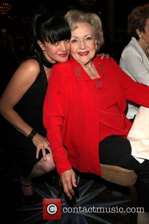Pauley Perrette, Betty White and Beverly Hilton Hotel 7