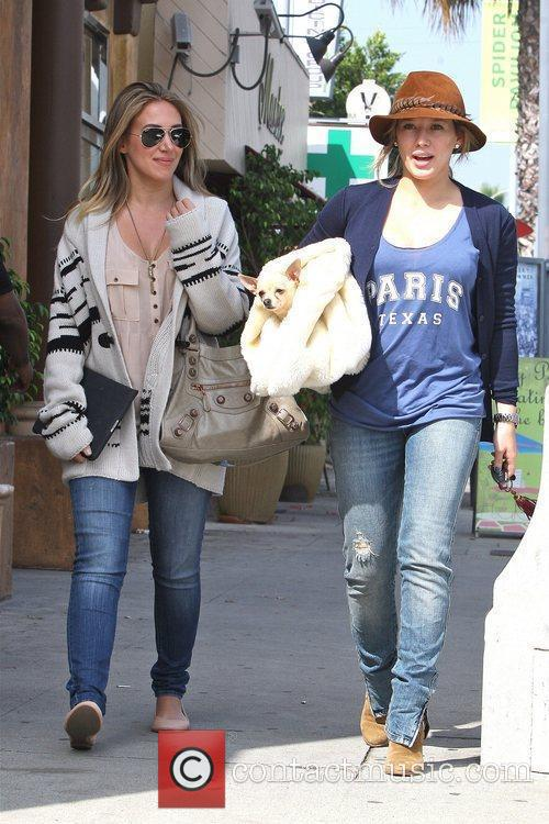 Hilary Duff and Haylie Duff 2