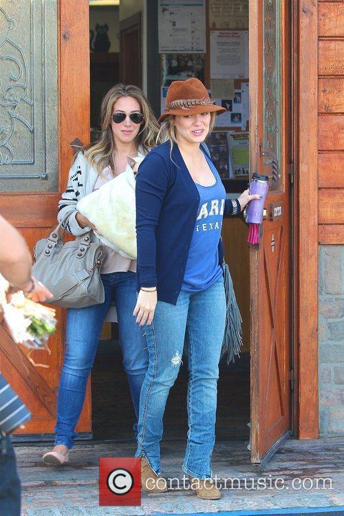 Hilary Duff and Haylie Duff 3