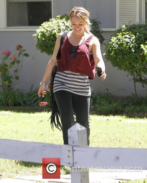 Pregnant star leaving a yoga class in North...