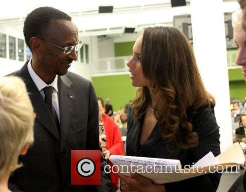 H.E. President Paul Kagame and Alicia Keys HIV...