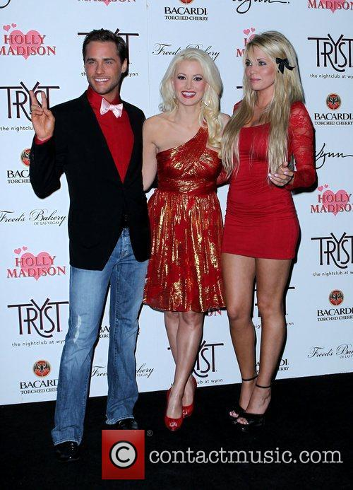 Josh Strickland, Angel Porrino, Holly Madison and Las Vegas 7