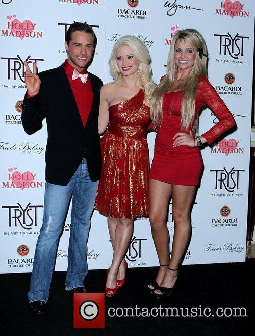 Josh Strickland, Angel Porrino, Holly Madison and Las Vegas 9