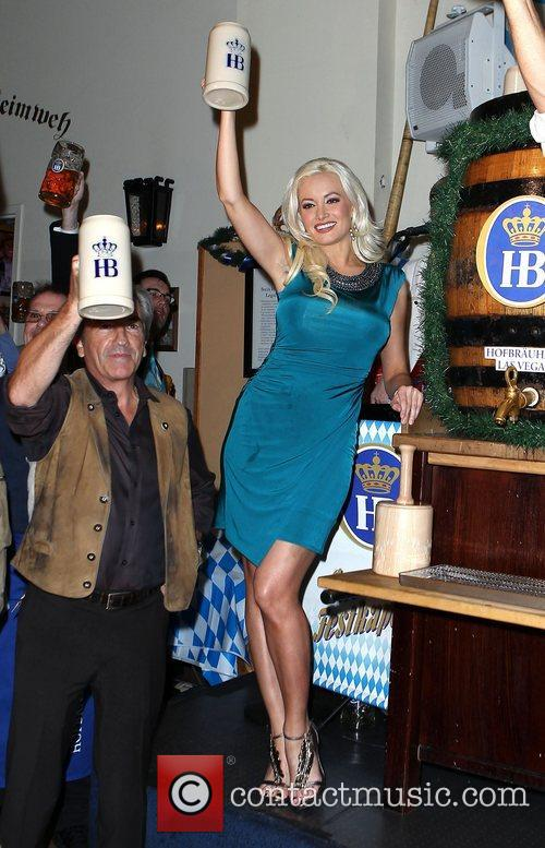 Holly Madison of PEEPSHOW visits Las Vegas Hofbrauhaus...