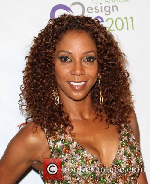 Holly Robinson Peete 7