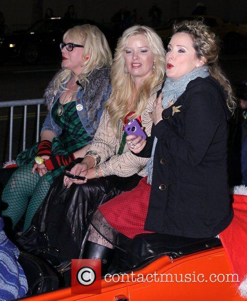Kirsten Vangsness and Melissa Peterman and Barbara Alyn...