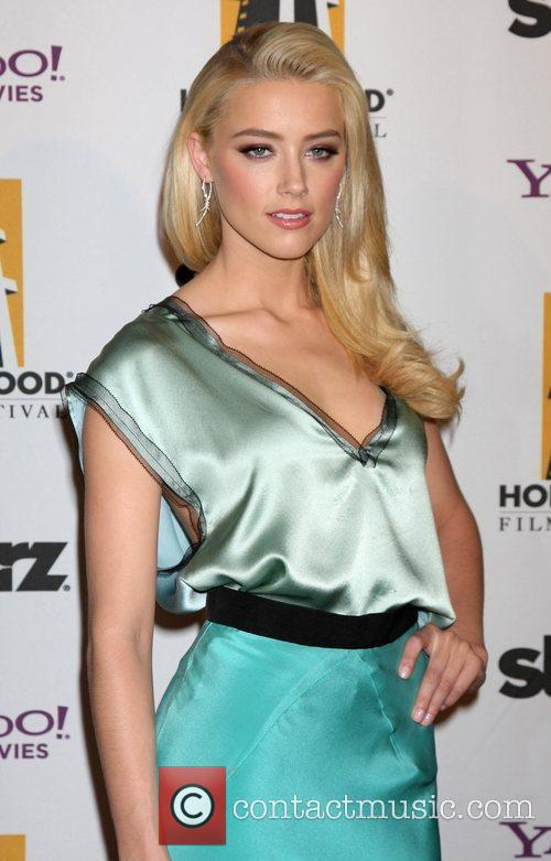 Amber Heard and Beverly Hilton Hotel 6