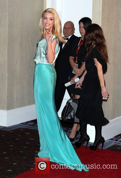 Amber Heard and Beverly Hilton Hotel 10