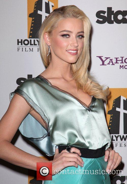 Amber Heard and Beverly Hilton Hotel 1