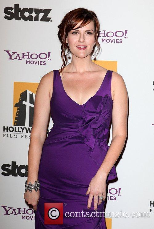 Sara Rue and Beverly Hilton Hotel 4