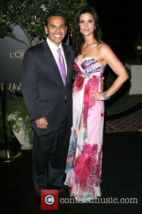 Mayor of Los Angeles Antonio Villaraigosa and Lu...