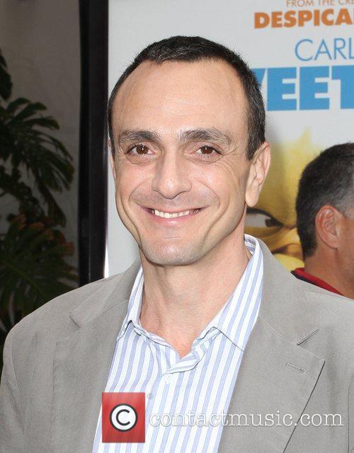 Hank Azaria 1