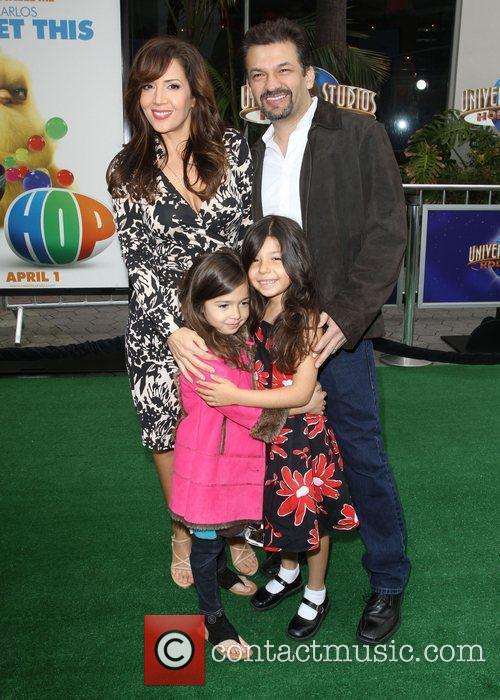 Maria Canals Barrera, David Barrera and Kids Los...