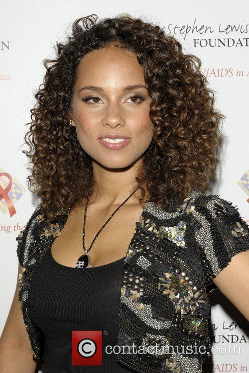 Alicia Keys, Hope and Sony 10