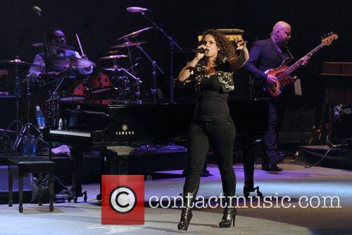 Alicia Keys, Hope and Sony 10