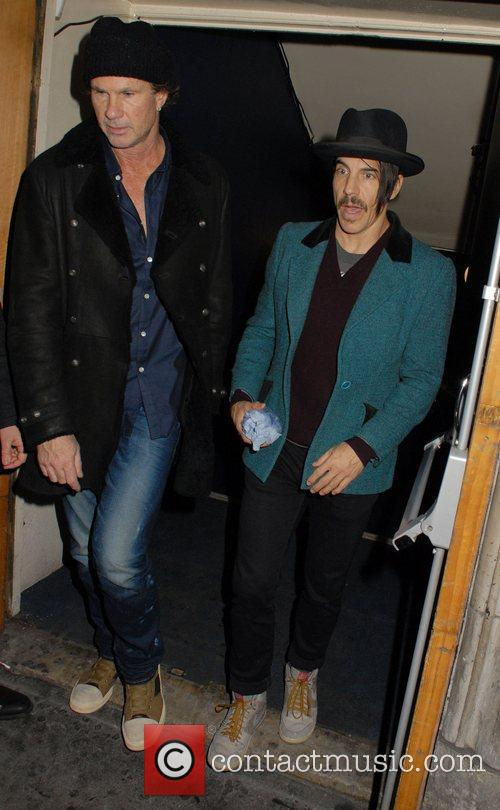 Chad Smith, Anthony Kiedis and Cafe De Paris 7