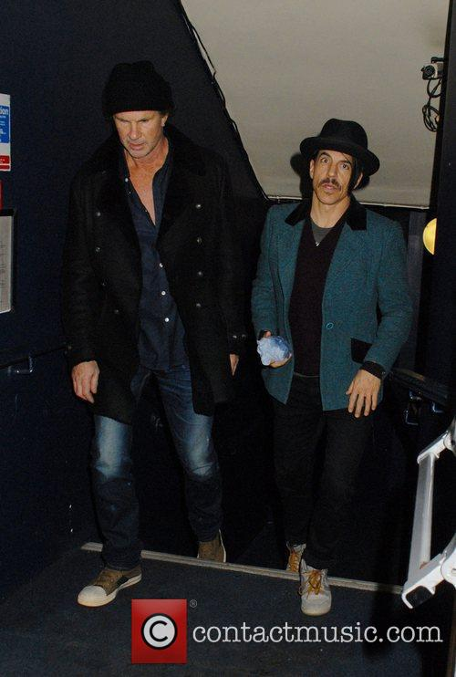 Chad Smith, Anthony Kiedis and Cafe De Paris 1