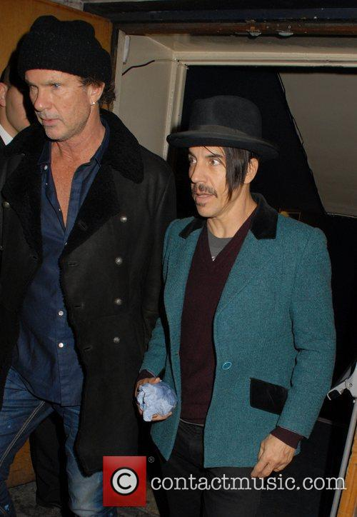 Chad Smith, Anthony Kiedis and Cafe De Paris 8