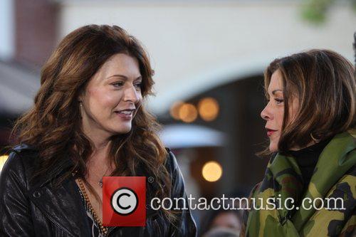 Jane Leeves and Wendie Malick 3