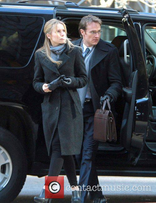 Kristen Bell and Josh Lawson 4