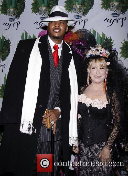 Carmelo Anthony and Bette Midler 8