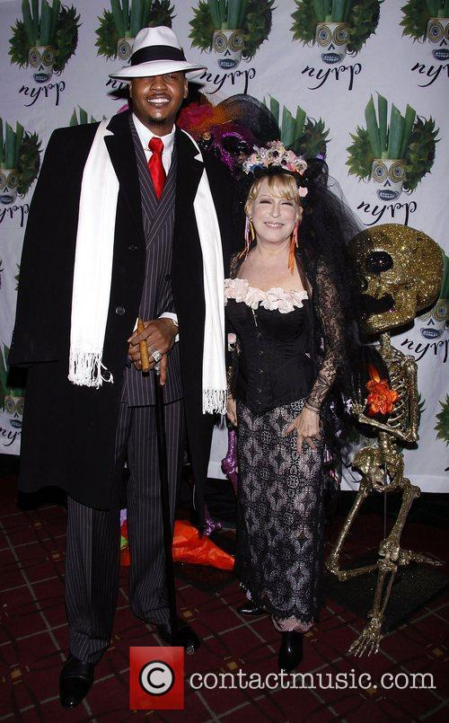 Carmelo Anthony and Bette Midler 7