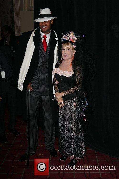 Carmelo Anthony and Bette Midler 11