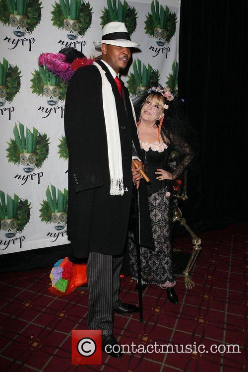 Carmelo Anthony and Bette Midler 9