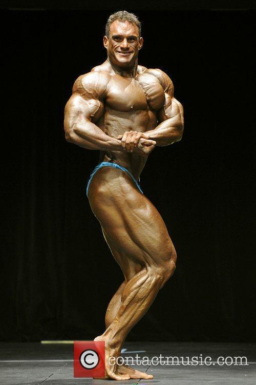 Oscar Dexter   Men's Open Bodybuilding Competition...