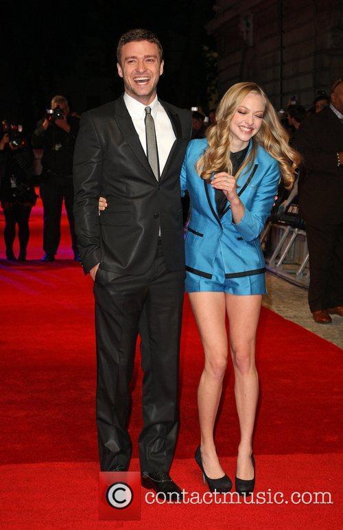 Justin Timberlake and Amanda Seyfried 6