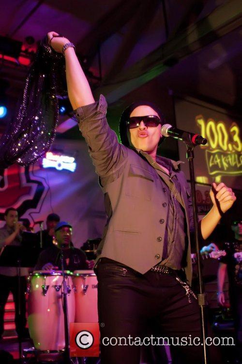 Elvis Crespo 6