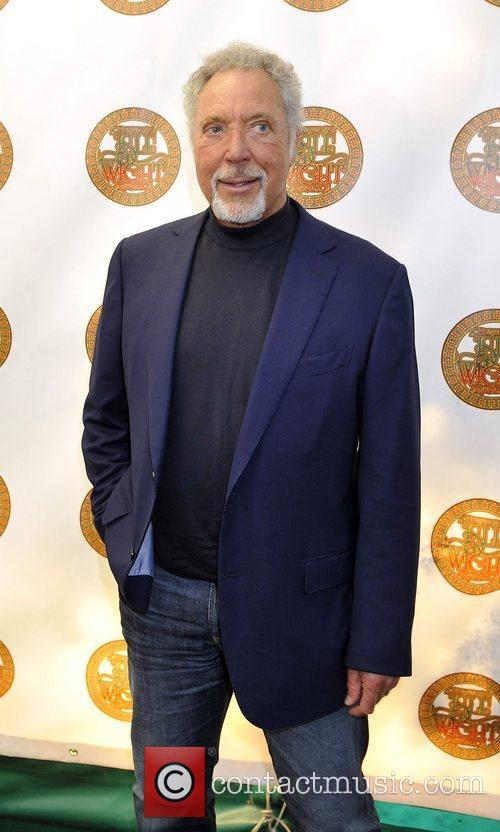Tom Jones and Isle Of Wight Festival 1