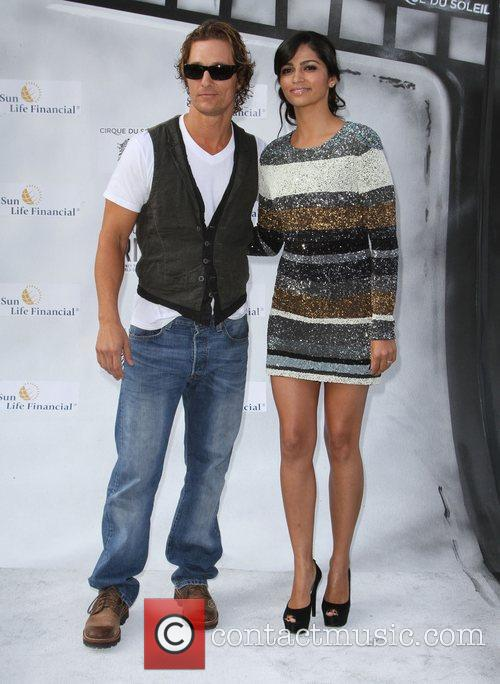 Matthew Mcconaughey, Camila Alves and Kodak Theatre 2