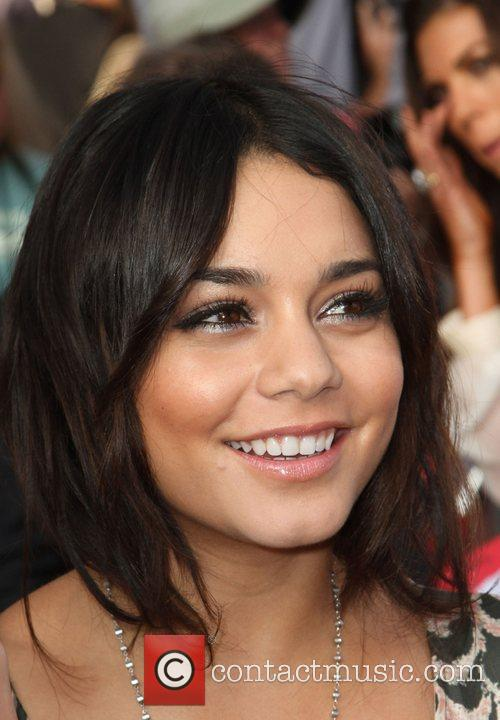 Vanessa Hudgens and Kodak Theatre 6