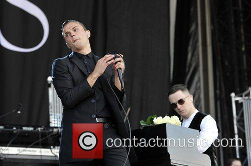 Hurts and Isle Of Wight Festival 7
